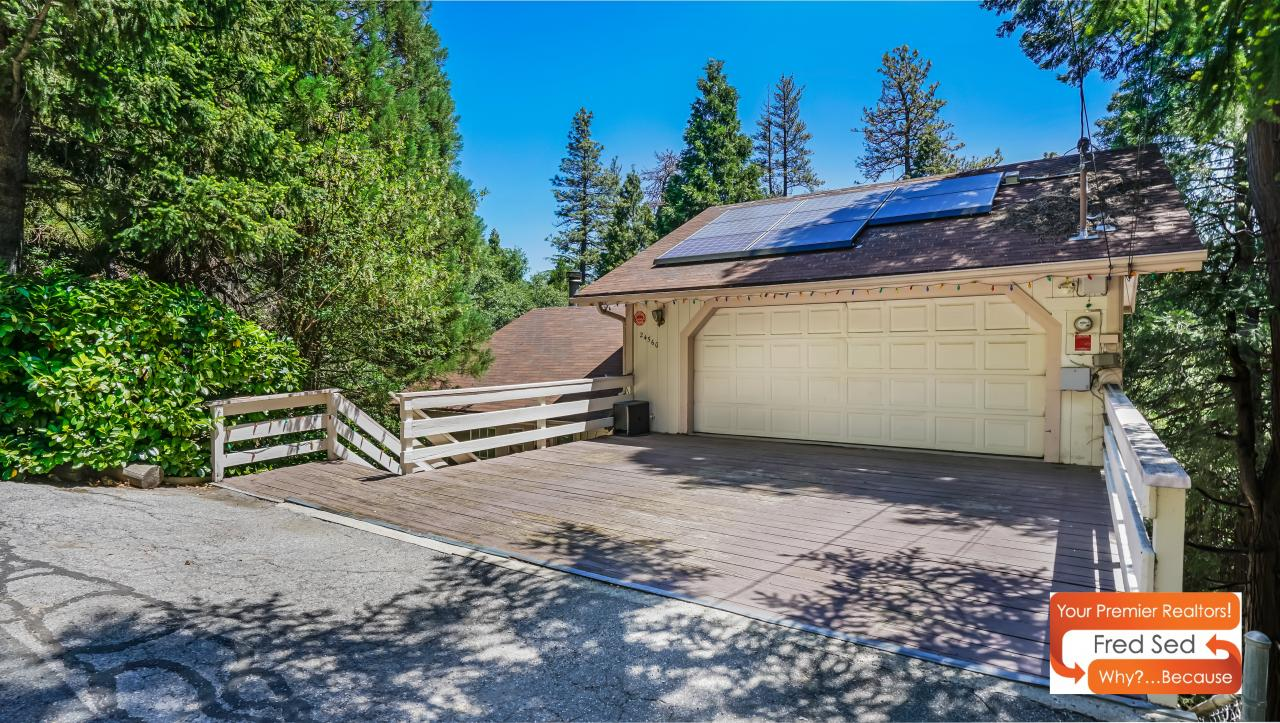 For Sale 24560 Horst Dr Crestline Ca 3 Bed Cabin