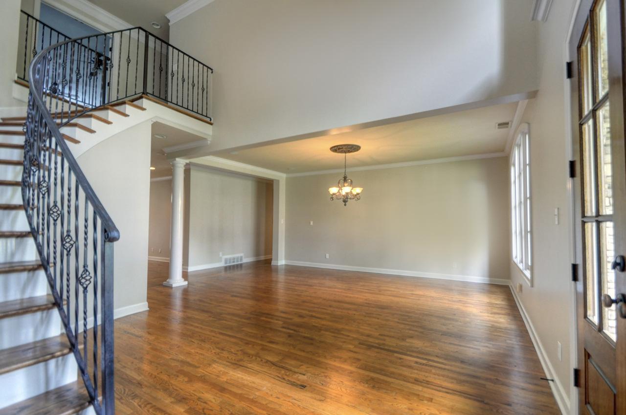 Amazing Foyer