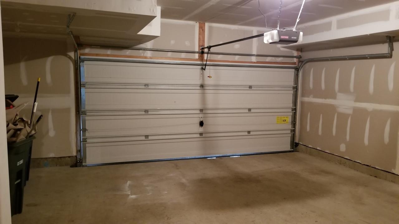 OVERSIZED 2 CAR GARAGE