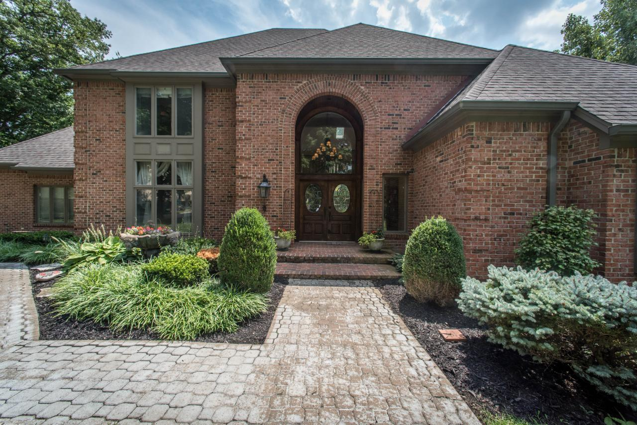 8710 Toftrees Ln Springboro Ohio 45066 Presented By Brittany Whitt