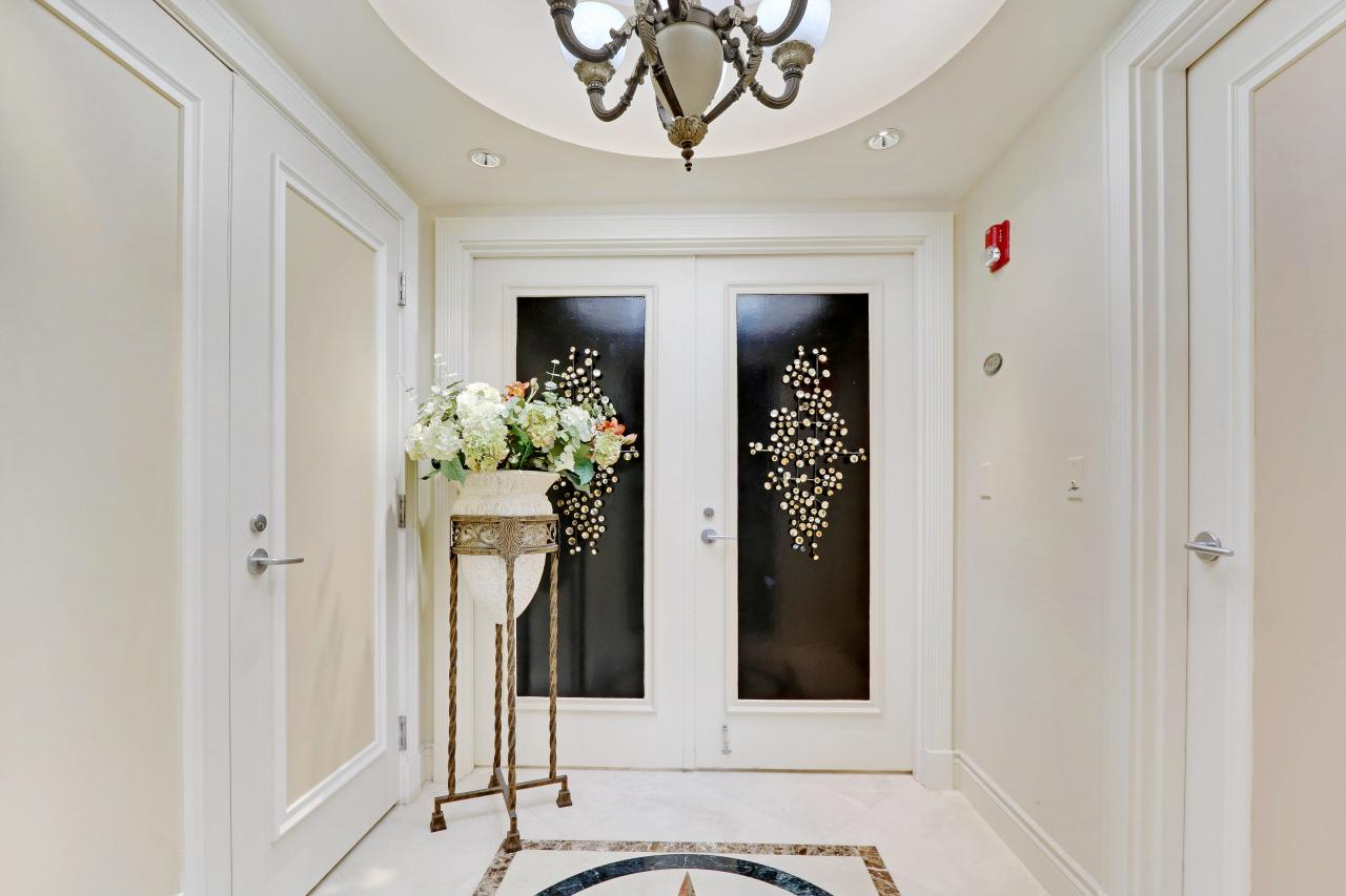 Elegant Private Elevator Lobby
