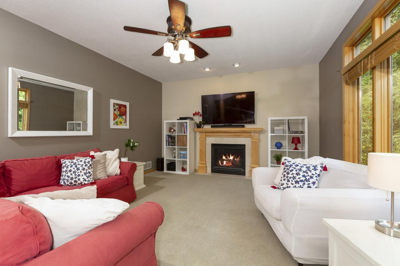 Open main floor living room with gas fireplace