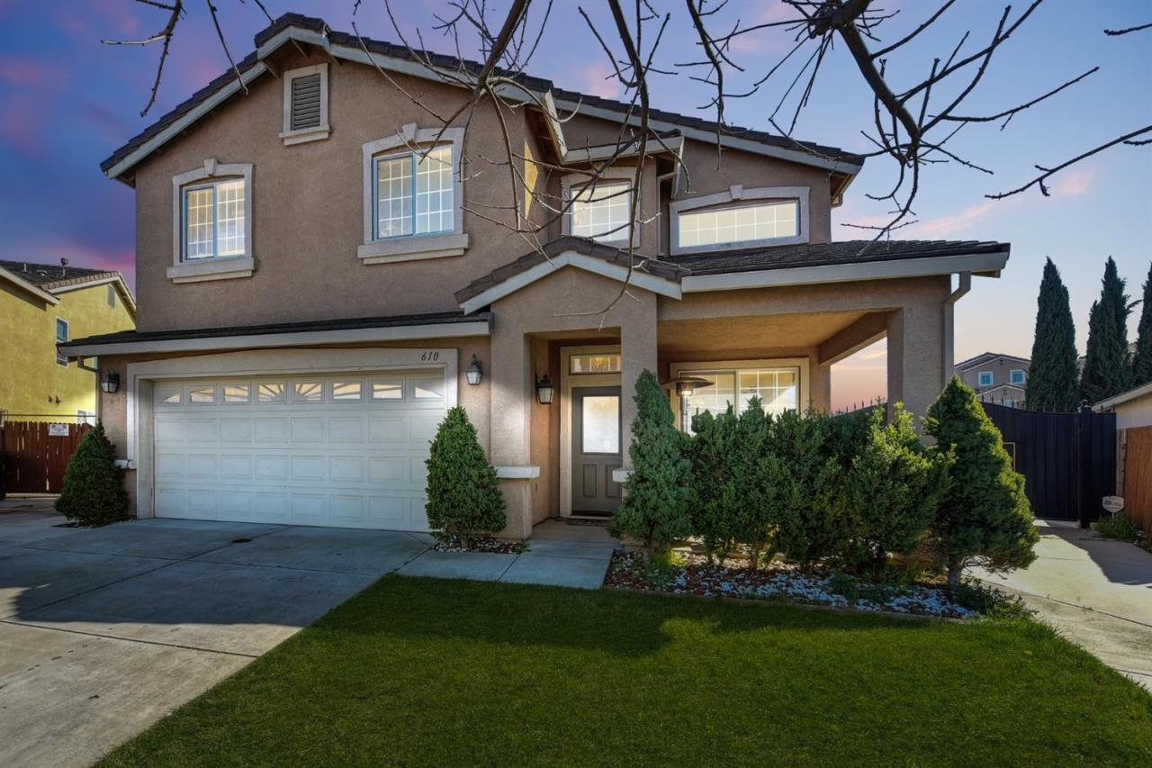 610 Brittanyann Lane SOLD by Miguel Lara 3L RE Group Inc with Keller Williams Realty