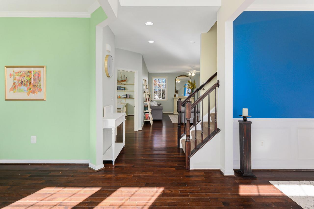 Ope 2 Story Foyer